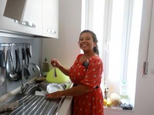 Sorella Cano doing dishes