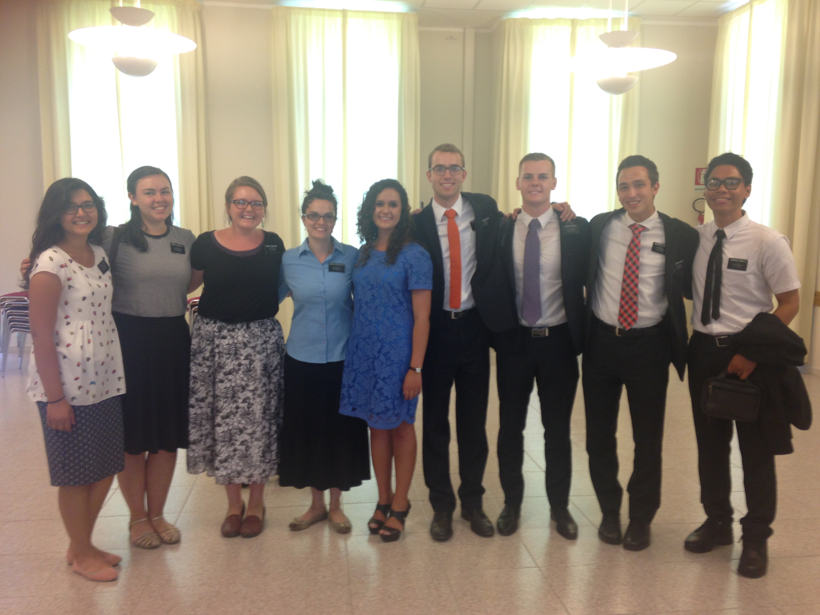 Sorella Battezzato (center) returned to Italy to visit family in Catania and this is a picture of her with our district at church on 7/31/16.
